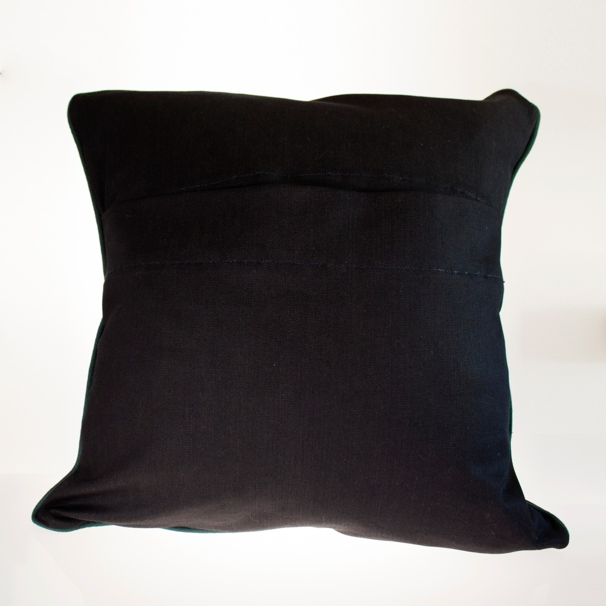 Photo of Parthenon Cushion
