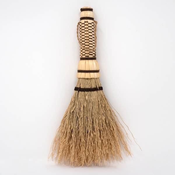 Image of Japanese Sorghum Tabletop Brush Brown