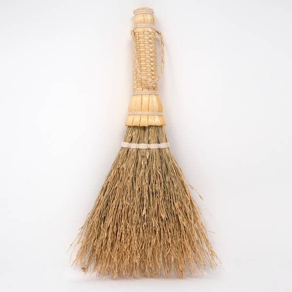 Image of Japanese Sorghum Tabletop Brush White