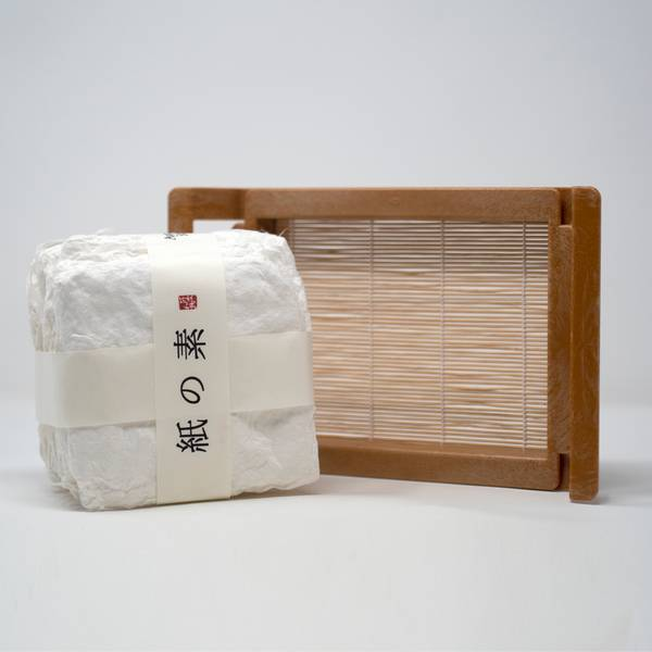 Image of Japanese Papermaking Kit