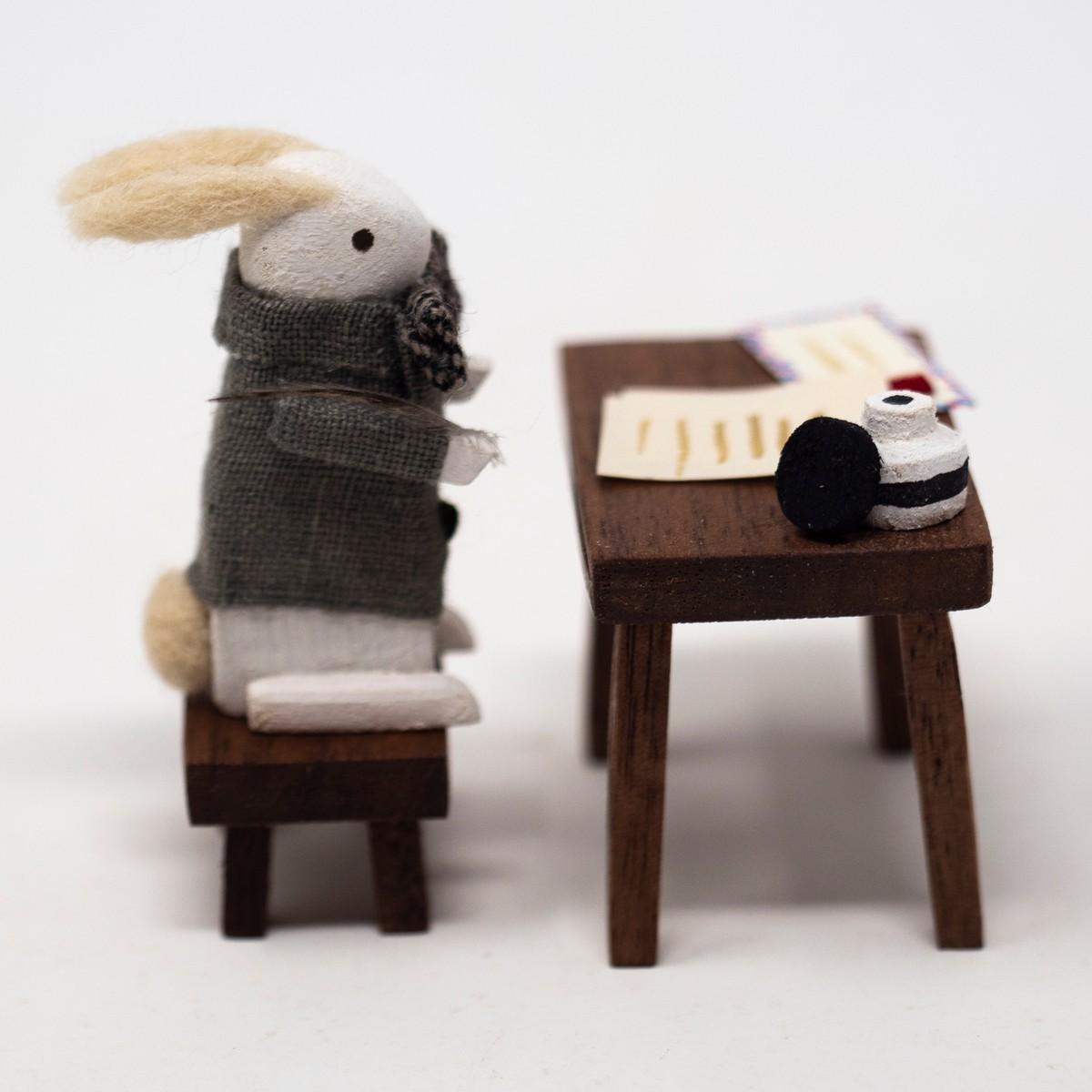 Photo of Hemingway Rabbit Figurine