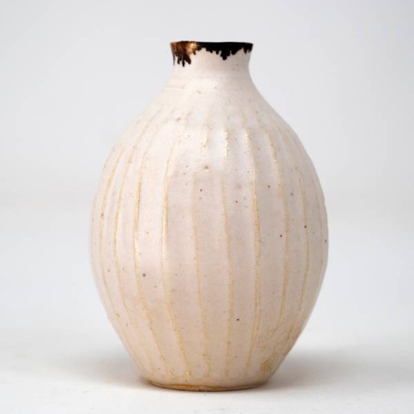 Image of Antique Cream Shinogi Bud Vase