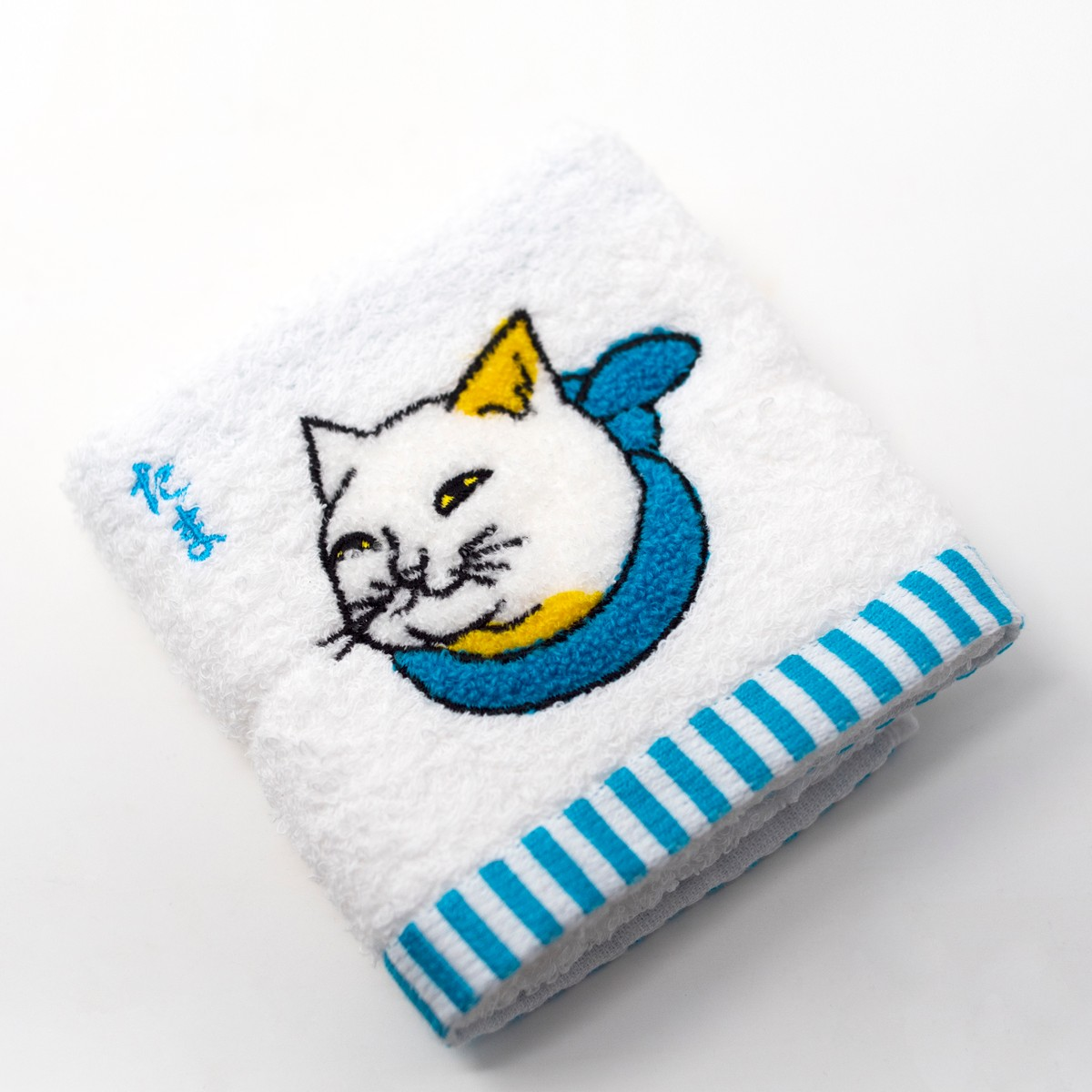 Photo of Tama Cat Hand Towel