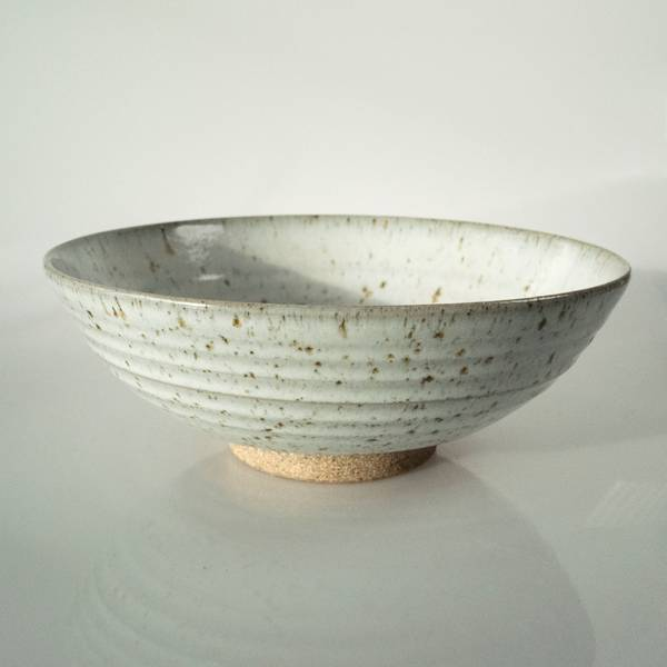 Image of Mangetsu Serving Bowl