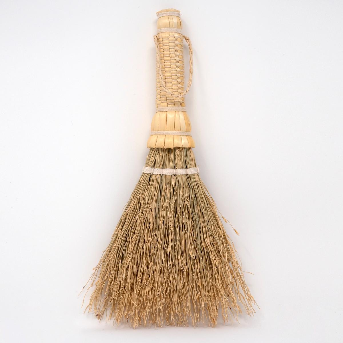 Photo of Japanese Sorghum Tabletop Brush White